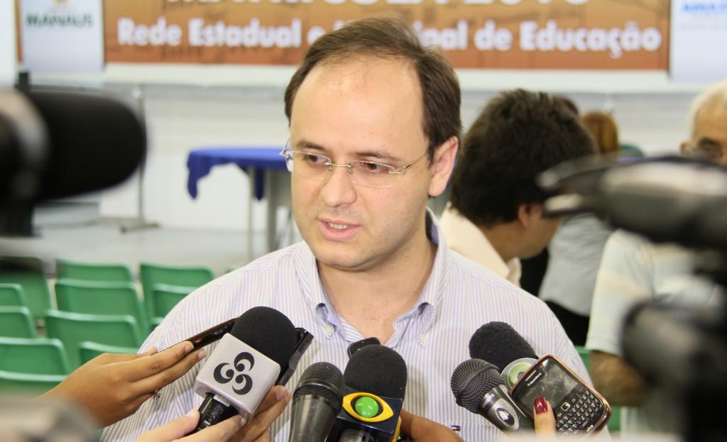 Secretário da Seduc, Rossieli Soares da Silva