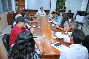 REUNIÃO LUIZ CASTRO E REPRESENTANTES SINDICATOS DA ÁREA DE EDUCAÇÃO